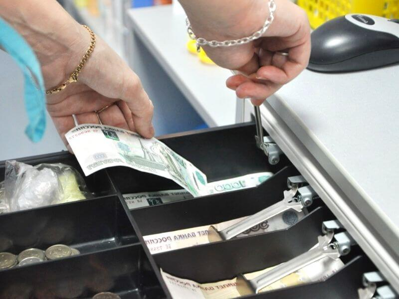 Как выбрать денежный ящик